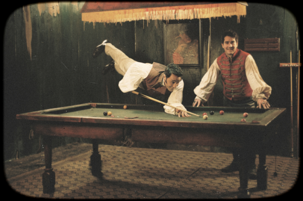 What We Do in the Shadows (2)