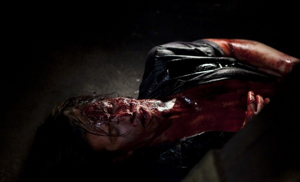 noonelives! (50)