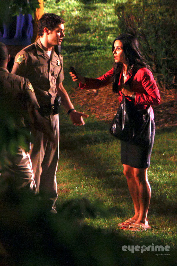 scream4behind (18)